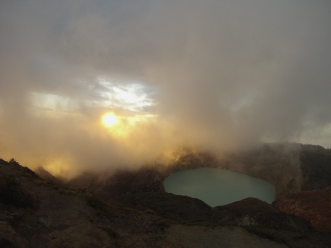 Volcán Kelimutu